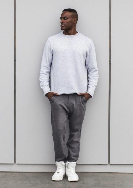 Stylizace č. 5 – mikina, jogger kalhoty