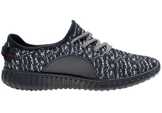 Černá pánská sportovní obuv Bolf 257H